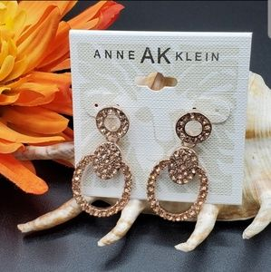 ANNE KLIEN ROSE GOLD EARRING (NEW)